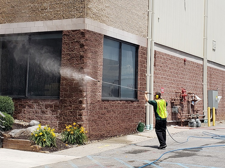 """Allentown, Bethlehem, and Easton""""s choice for professional window cleaning, pressure  washing, and commercial cleaning. 